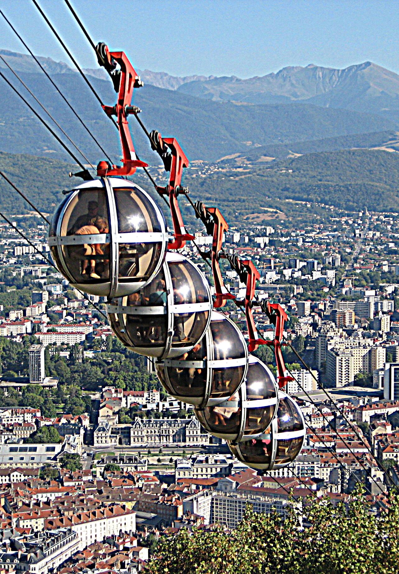 Grenoble Mairie rouge verte une alternative institutionnelle