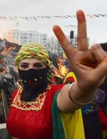 Contre tous les tyrans, en défense du Rojava